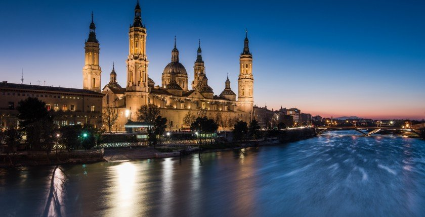 Basilica de Nuestra Senora del Pilar and Ebor River in the Evening, Zaragoza, Aragon, Spain